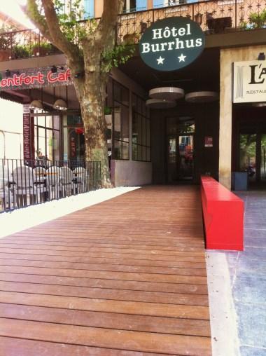 Parvis en Bambou - Hotel Burrhus Vaison la romaine 2015 - Emile M.